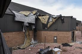 Commercial insurance for roof blown off, business insurance deductibles in % beware